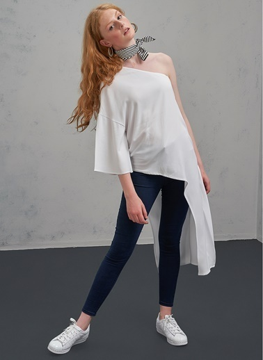 Pi π Tek Omuzlu Bluz Beyaz